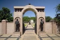 dallas-freedman-memorial-gate.jpg
